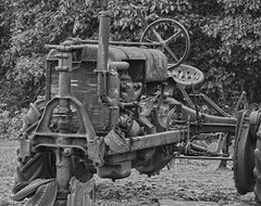 Old Tractor in B&W (brutus61534) Tags: abandoned tractor bw ohio nikon d7100