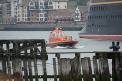 Pilot (quintinsmith_ip) Tags: sea people river fun ship down tourist disney passenger passing shipping southshields waltdisney disneymagic rivertyne