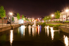 Dorsten Sdwall at night (Marius Bulla) Tags: nightlights starburst dorsten watertrench d5100