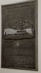 Memorial Plaque 2 (deltaMike) Tags: usa hawaii memorial worldwarii pearlharbor usnavy ussarizona