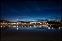 Cielo nocturno riosellano; [EXPLORED] (ribadeluis) Tags: reflection canon puerto eos luces noche muelle agua asturias cielo reflejo nocturna canonef2470mmf28lus