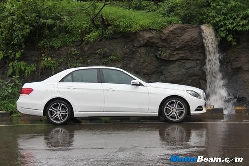 2014-Mercedes-E-Class-41