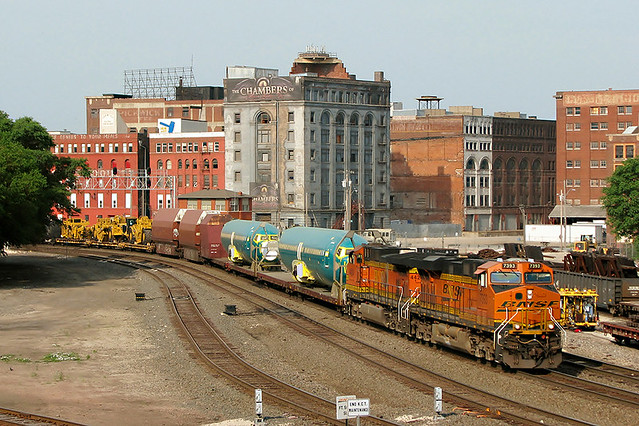 BNSF 7393 at Kansas City, MO