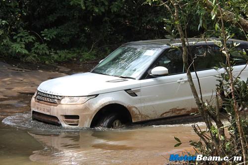 Range-Rover-Sport-Off-Road-20