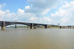 Eads Bridge (Adventurer Dustin Holmes) Tags: bridge water river stlouis bridges missouri rivers mississippiriver waterway eadsbridge stlouismissouri stlouismo 2013