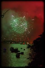 Bringing in 2014 at Bradley's Head, Sydney (Craig Jewell Photography) Tags: iso3200 50mm fireworks harbour nye sydney australia newyearseve f28 sydneyharbour 2014 bradleyshead ef50mmf14usm 0ev sec canoneos1dmarkiv 33519s1511445e filename20131231230457x0k0772cr2
