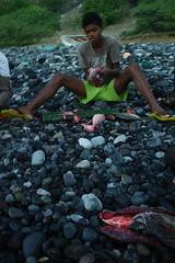 Day 2: the beach of  disembarkation (ben oït) Tags: boy beach fisherman pêcheur plage garçon
