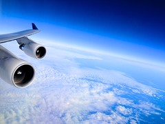 The power of the human machines, it's not so bad. Watch the Earth's beauty (Quasqua) Tags: ciel avion b747 océanatlantique cieldelocéanatlantiquenord pointeàpitreparis