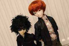 Ichiro & Russell (AliceAlicaArisu) Tags: red kids ball kid doll dolls russell 14 rover sean bjd ichiro luts delf abjd mk mystic coen msd jointed kdf 45cm stower salgoo