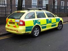 LV63LKU (Emergency_Vehicles) Tags: london ambulance vehicle service rapid skoda octavia response lv73lku