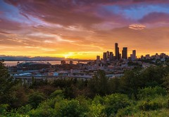 Excuse me while I kiss the sky (marcusklotz2014) Tags: seattle city sunset colors clouds landscape washington crane cityscapes washingtonstate pnw emeraldcity cloudporn beaconhill sunstar seattlewa explorewashington joserizalpark exploreseattle centurylinkfield