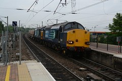 """Direct Rail Services Class 37/6's, 37605 & 37612 (37190 """"Dalzell"""") Tags: tractor northwestern compass ee growler wigan type3 drs englishelectric class37 class376 37036 37507 37605 37691 37612 directrailservices 37179 d6736 d6879"""