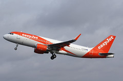A320 G-EZOM Easy Jet 2 (Avia-Photo) Tags: amsterdam plane airplane airport pentax aircraft aviation jet aeroplane airline airbus airlines flugzeug schiphol ams airliner avion airliners eham planespotting aviacion luftfahrt spotter polderbaan