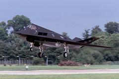 F-117 (Rob Schleiffert) Tags: stealth lockheed usaf fairford f117 riat riat2004