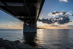 Evening by the Bridge (Infomastern) Tags: bridge sunset sea sky cloud himmel bro hav solnedgng moln resundsbron brofstet