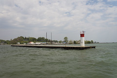 DUD_3732r (crobart) Tags: lake ontario port erie dover