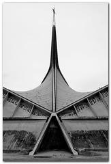 Eglise Saint-Joseph-Travailleur (bong.13) Tags: urban blackandwhite france architecture noiretblanc provence avignon eglise vaucluse graphisme graphique sonyrx100 saintjosephtravailleur