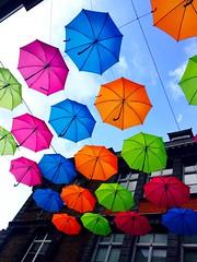Envole toi ! (fourmi_7) Tags: orange rose rouge belgique very couleurs pluie bleu ciel rue dcor haut tournai parapluies envoler accrocher