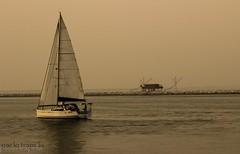 In barca a vela.. (paolotrapella) Tags: water mare tamron acqua barcaavela 70300vc canoneos600d