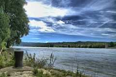 Am Rhein (2) (Spinnerelschen) Tags: ufer rhein