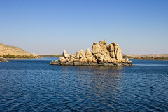 Blue (cpt_ahmed93) Tags: nileriver aswan nature