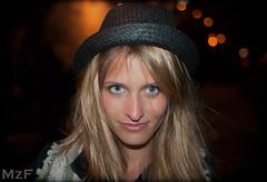 Marielle (MzF.) Tags: portrait paris girl beauty streetportrait belle bella dziewczyna gri