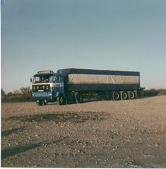 07 July 2002 (19) (peter hookway) Tags: truck volvo f10 semi f16 lorry wheeler 18 articulated f12 f88 f89