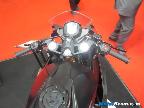 KTM-Tokyo-Motor-Show-2013-22