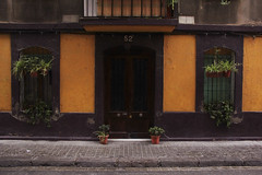No. 52 (Joanna pictures this) Tags: barcelona door yellow eingang front symmetry gelb barceloneta