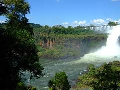 DSCF5687 (JohnSeb) Tags: brazil paraná argentina rio brasil río river waterfall nationalpark fiume rivière cataratas fluss iguazu iguazú cascada 河流 iguaçu rivier johnseb 川 southamerica2012