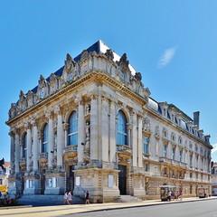 Le Grand Théâtre de Calais (4) Voorgevel en rechter zijgevel  - In Explore op 22-01-2014 # 309