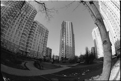 4940-08s (volky67) Tags: bw film pentax russia moscow sigma fisheye 200 manualfocus kx fomapan 1528 levoberezhniy