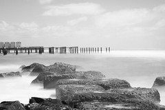 mono (GreatWhiteShark3010) Tags: sea seascape canon eos long exposure mare filter nd ostia 600d