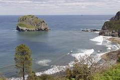 Isla de Aquech (Akatx Uhartea). Bermeo (Vizcaya) (paula_gm) Tags: vizcaya paisvasco bermeo bizcaia aquech akatxuhartea