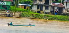 Da a da (felipebeatle) Tags: people nature architecture river boat colombia afro culture choc atrato quibd