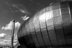 UK - Scotland - Glasgow - Science Centre and Glasgow Wing Tower (Marcial Bernabeu) Tags: uk greatbritain building tower architecture scotland arquitectura torre unitedkingdom glasgow metallic centre united edificio wing kingdom escocia science moderno moderna bernabeu reino unido sciencecentre reinounido glasgowtower marcial metlica metlico bernabu metalica metalico granbretaa torredeglasgow wingtower glasgowwingtower