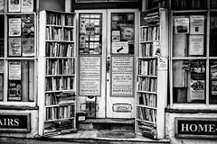 Bookshop (David Guyler) Tags: monochrome blackwhite m9 leicam9 davidguyler 50mmf14summiluxmasph
