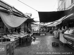 Palermo (Lord Seth) Tags: bw italy nikon palermo mercato sicilia franco biancoenero ciccio ballarò 2015 panelle milza d5000 banacarelle lordseth