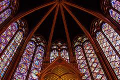 Sainte Chapelle #2 (f.battistoni) Tags: geometrico edificio chiesa finestra architettura volta simmetria vetrata soffitto
