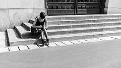 Running Street (johan masia) Tags: voyage street trip travel viaje blackandwhite bw paris france sexy girl monochrome calle nikon strada noiretblanc femme 28mm ngc streetphotography style nb bn journey rue francia viaggio bianconero biancoenero ragazza parigi turista touriste turist d600 photoderue streephotography fotodistrada