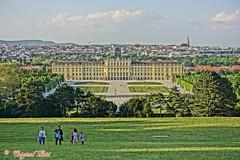 Schloss Schnbrunn, Wien, AUT (Original Loisi) Tags: schnbrunn vienna wien architecture austria architektur vienne autriche gloriette famousbuildings wienschnbrunn schnbrunnerschlosspark schnbrunncastle viennaschnbrunn schnbrunnerschlospark berhmtebauwerke