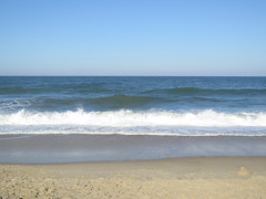 Bethany Beach (Peter Hutchins) Tags: ocean family sun beach sand waves bethany bethanybeach