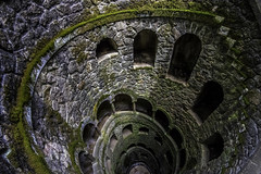 THE stairwell... (Blende1.8) Tags: quintadaregaleira sintra treppe wendeltreppe spiral old stairwell staircase stairway stairs portugal architecture architektur curves curvy downstairs rund kurven nikon d750 nikkor 1635mm carstenheyer steine tiefe deep