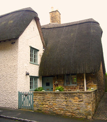 Thatched Roof Cottage (tmvissers) Tags: uk roof england cotswolds thatched chipping campden