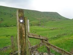 Hollins Hill, Derbyshire (eamoncurry123) Tags: public derbyshire hill signpost footpath publicfootpath hollins hollinshills