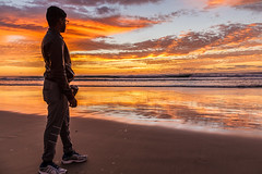 Sunrise in Surfers Paradise (kanishkaiddawela) Tags: sunrise ocean sea outdoor landscape morning