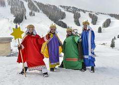 Sternsingen_Hinterstoder1 (Katholische Jungschar Österreichs) Tags: schnee sonne sternsingen sternsinger oesterreich oberoesterreich skifahrer hinterstoder ooe heiligedreikönige höss sternsingerin