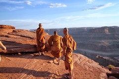 Monk at Dead Horse Canyon (kellyludwig) Tags: park desert buddhist scenic monk roadtrip canyon moab thelmaandlouise efs1022mmf3545usm nps100