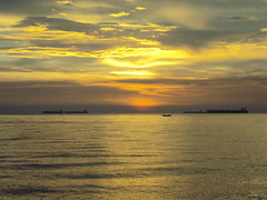 Atardecer Playa Muerta, Barcos y peero (j_vera_a_c) Tags: barcos venezuela caribe urbaneja peero lecherias anzoategui