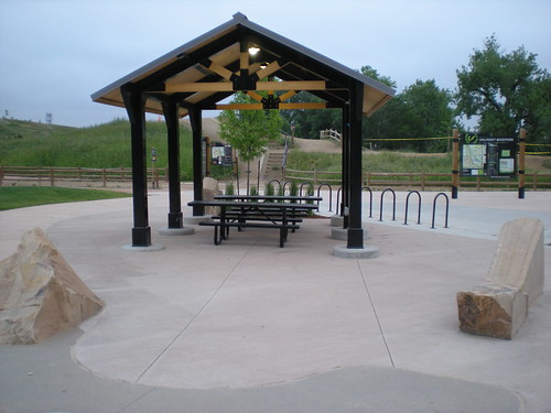 Photo - Hub Plaza Shelter